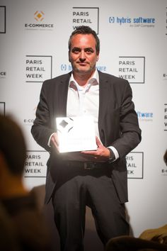 """viavoo, winner of the category """"Customer Experience"""" with Mobile Apps Insight, a new edition of the viavoo Social Play platform. #ECP15 #ParisRetailWeek #AWARDS"""