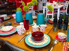 Isabelle von Boch: Creating a colorful Tablescape with Villeroy & Boch's Lina Dinnerware Collection.