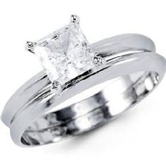 Simple ring with a plain band.... this is what I want! !!!