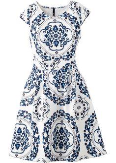 Vestido em look Scuba azul/branco encomendar agora na loja on-line bonprix.de  R$ 89,90 a partir de Para curtir o verão com estilo! Com saia evasê, de ...