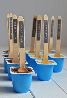 Selbstgemachte Trinkschokolade in Mini-Fruchtzwerg-Bechern