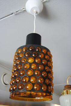 Lival pendant lamp, glass made by Kumela glass factory, design Jan Salakari. Retro Lamp, Factory Design, Pendant Lamp, Lighting Design, Lights, Glass, Interior, Furniture, Vintage