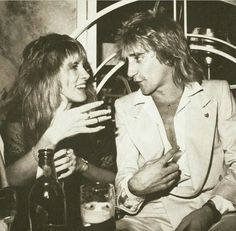 Net Image: Bebe Buell and Rod Stewart: Photo ID: . Picture of Bebe Buell and Rod Stewart - Latest Bebe Buell and Rod Stewart Photo. Lindsey Buckingham, Rod Stewart, Pop Rock, Rock N Roll, Heavy Metal, Musica Metal, Bebe Buell, Stephanie Lynn, Stevie Nicks Fleetwood Mac
