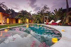 Villa - in Kuta, Bali, Indonesia — photo 1
