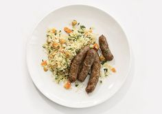 How To Make Homemade Sausage  -  from Food & Wine magazine. A slide show (with commentary) of the vital steps in making your own sausage. Includes recipes, tips, tools and shortcuts.
