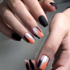 Und es gibt so viel… Bright design accents ❤️ Black nails are extremely cool. And there are so many o … – Colorful Nail Designs – Nail Art Designs, Black Nail Designs, Colorful Nail Designs, Gold Designs, Nails Design, Stylish Nails, Trendy Nails, Cute Nails, Nail Art Hacks