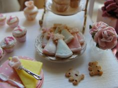 Mini party. Dollhouse miniatures by Kim Saulter