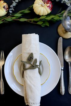 leaf napkin ring