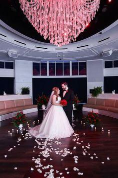 Tropicana LV Weddings | Las Vegas Wedding Chapel | Tropical Vegas | Chapels | Wedding Photography #wedding #lasvegaswedding #vegaswedding #destinationwedding #lasvegasstrip #vegaschapel #outdoorwedding #gardenwedding #vegaselopement #renewalofvows #troplvweddings #tropicanalvweddings www.tropicanalvweddings.com