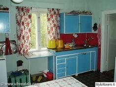 keittiö,ennen ja jälkeen,rintamamiestalo,remontti,kesämökki