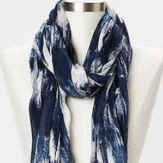 Gap Scarf Blue and white lightweight scarf from Gap (bought in the Faneuil Hall store in Boston) tags off, in used, but still good condition. Accepting offers, no trades please Saving up for my puppy so considering all offers! GAP Accessories Scarves & Wraps