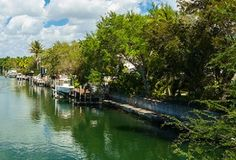 #realestate #siestakey #waterfront