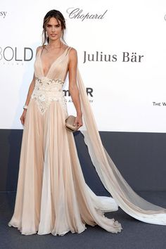 Cannes Cannes: The Best Film Festival Fashion 2013