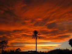 Stormy skies in southern Spain Beautiful Sky, Sunrises, Night Skies, Mother Nature, Followers, Spain, Southern, Places, Outdoor