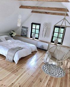 Scandinavian bedroom / Home design ideas Attic Bedroom Designs, Bedroom Loft, Bedroom Decor, Scandinavian Bedroom, My New Room, House Design, Interior Design, Home Decor, Nordic Living