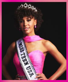 The newly crowned Miss Teen USA Kaliegh Garris explains why she chose to wear her natural hair for the pageant and what she plans to do after her win. Miss Usa, Miss Teen Usa, Pageant Hair, Beauty Pageant, Miss Connecticut, Stylist Chair, Women Lawyer, Cool Skin Tone, Natural Curls