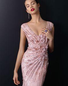 - EDICIÓN LIMITADA. Disponible en rosa palo, nude, negro y plata