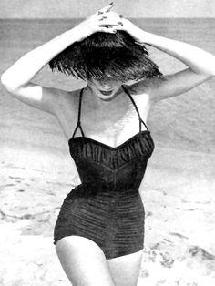 1950's vintage swimwear fashion www.vintageclothin.com