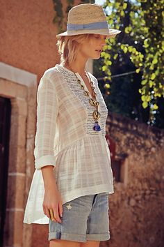 NWT Anthropologie Shimmered Azucar Tunic Blouse 6 M Baby Blue Sequins By Tiny in Clothing, Shoes & Accessories, Women's Clothing, Tops & Blouses Summer Outfits, Casual Outfits, Outfits Mujer, Bohemian Mode, Boho Fashion, Womens Fashion, Blouse Outfit, Tunic Blouse, Mode Inspiration