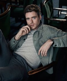 as sexy as ever King In The North, Richard Madden, Dream Guy, Perfect Man, Role Models, Beautiful Men, Hot Guys, Handsome, Mens Fashion
