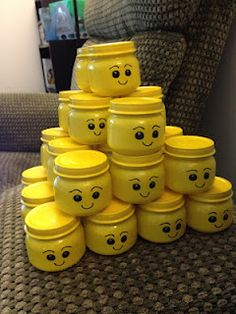 Lego head baby food jars :) Great idea for children's room to storage some small items