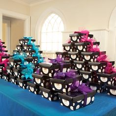 Favor Display Table #favors