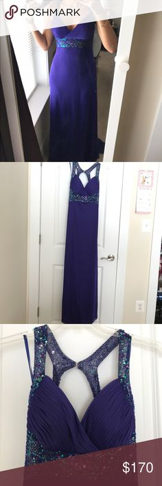 Gorgeous feminine sexy dress. New without tags This gorgeous dress is completely new. Never used. Amazing back and gorgeous tailoring will make you the center of attention in any formal event. Betsy & Adam Dresses