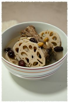Lotus Root Soup with Peanuts, Pork Ribs and Red Dates (莲藕汤)