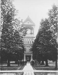 Hillsboro, Washington County, Oregon Courthouse