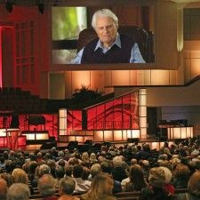 This Fall, Billy Graham Talks About Heaven This November 2014 Heaven can be ordered free of charge and it will feature inspiring real life stories and never b/f seen footage of Billy Graham talking about Heaven. Billy Graham, Tell The World, New Thought, God Loves You, Lord And Savior, I Hope, Gods Love, Jesus Christ, Christianity