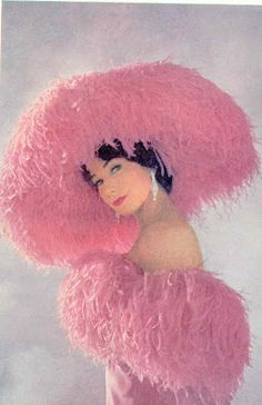 """Pretty in Pink ~ Shirley Maclaine in the film """"What a Way to Go! Costume by Edith Head . Pink Love, Pretty In Pink, Pink Pink Pink, Pink Hat, Hot Pink, Look Rose, Edith Head, Shirley Maclaine, Little Presents"""