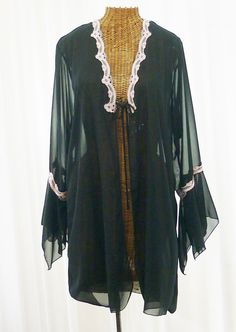 5614c83ab3d Delicates Short Dressing Robe Sheer Black by Voilavintagelingerie Vintage  Shorts