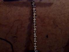 bracelet, standard width, black and silver beads, alternating pattern