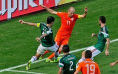 Portal Esporte São José do Sabugi: Holanda vira no final contra México e chega às qua...
