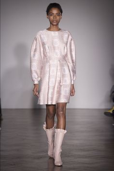 Mother of Pearl Ready to Wear Spring 2016   WWD