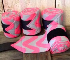 Set of 4 New Soft Fleece Polo Horse Leg Wraps - Neon Pink Chevron On Gray