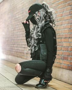Punk Outfits, Grunge Outfits, Girl Outfits, Fashion Outfits, Girl Fashion, Goth Outfit, Mode Swag, Kreative Portraits, Mode Kpop