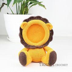 Mesmerizing Crochet an Amigurumi Rabbit Ideas. Lovely Crochet an Amigurumi Rabbit Ideas. Crochet Lion, Crochet Art, Crochet Dolls, Crochet Animals, Crochet Toys Patterns, Amigurumi Patterns, Stuffed Toys Patterns, Crochet Baby Boots, Baby Frame