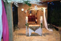 Πέτρινο εκκλησάκι στο Κτημά Δικαιούλια, δυνατότητας τέλεσης μυστηρίων