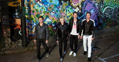 Find Duran Duran bio, music, credits, awards, & streaming links on AllMusic - Fashion-forward synth pop group with lush… Simon Le Bon, Vr Music, Film Rio, Roger Taylor Duran Duran, Dive In Movie, Brit Awards 2016, John Frusciante, Bizarre Pictures, Mark Ronson