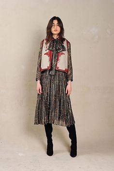 Bonjour New York Fashion Week Mode, Bonjour, Mode 2018, Mode Boho,  Chaussures 94ae07dc040