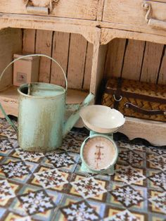 Kitchen accessories for the shabby chic aficionados!
