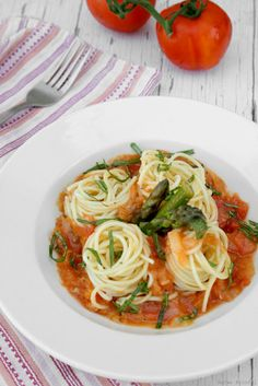 Delicious Shots: Spaghetti with Fresh Tomato Sauce