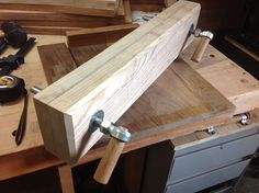 Moxon Vise by ACP -- Homemade Moxon vise constructed from ash and incorporating commercially obtained hardware. Utilizes wooden dowels as handles. http://www.homemadetools.net/homemade-moxon-vise