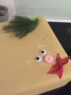Julegaver indpakning - lidt en anderledes måde at pakke gaverne ind til ungerne.