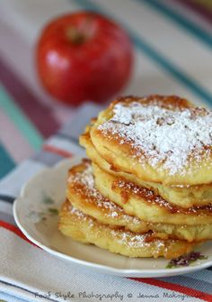 Recette de Beignets aux pommes en galettes - 10 of the best Italian pastries - Luca's Italy Beignets, Waffle Recipes, Donut Recipes, Cake Recipes, Churros, Crepes, Tea Loaf, Italian Pastries, Flan