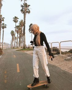 Came To Sf For A Much Needed Detox And Spending Quality Time With . came to SF for a much needed detox and spending quality time with s&f hijab - Hijab Modest Fashion Hijab, Modern Hijab Fashion, Street Hijab Fashion, Modesty Fashion, Hijab Fashion Inspiration, Casual Hijab Outfit, Muslim Fashion, Hajib Fashion, Fashion Outfits