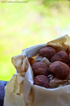 Petite Cuillère et Charentaises: Billes à grignoter {Halva Cacao Noisettes}