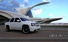 1 Sick TBSS | Love the black wheels with chrome trim rings Chevy Trailblazer Ss, Black Wheels, Sweet Cars, Sliders, Cool Girl, Sick, Chrome, Vans, Trucks