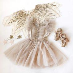 Frocks For Girls, Little Girl Dresses, Girls Dresses, Flower Girl Dresses, Baby Girl Birthday Dress, Baby Dress, Outfits Niños, Kids Outfits, Baby Girl Fashion